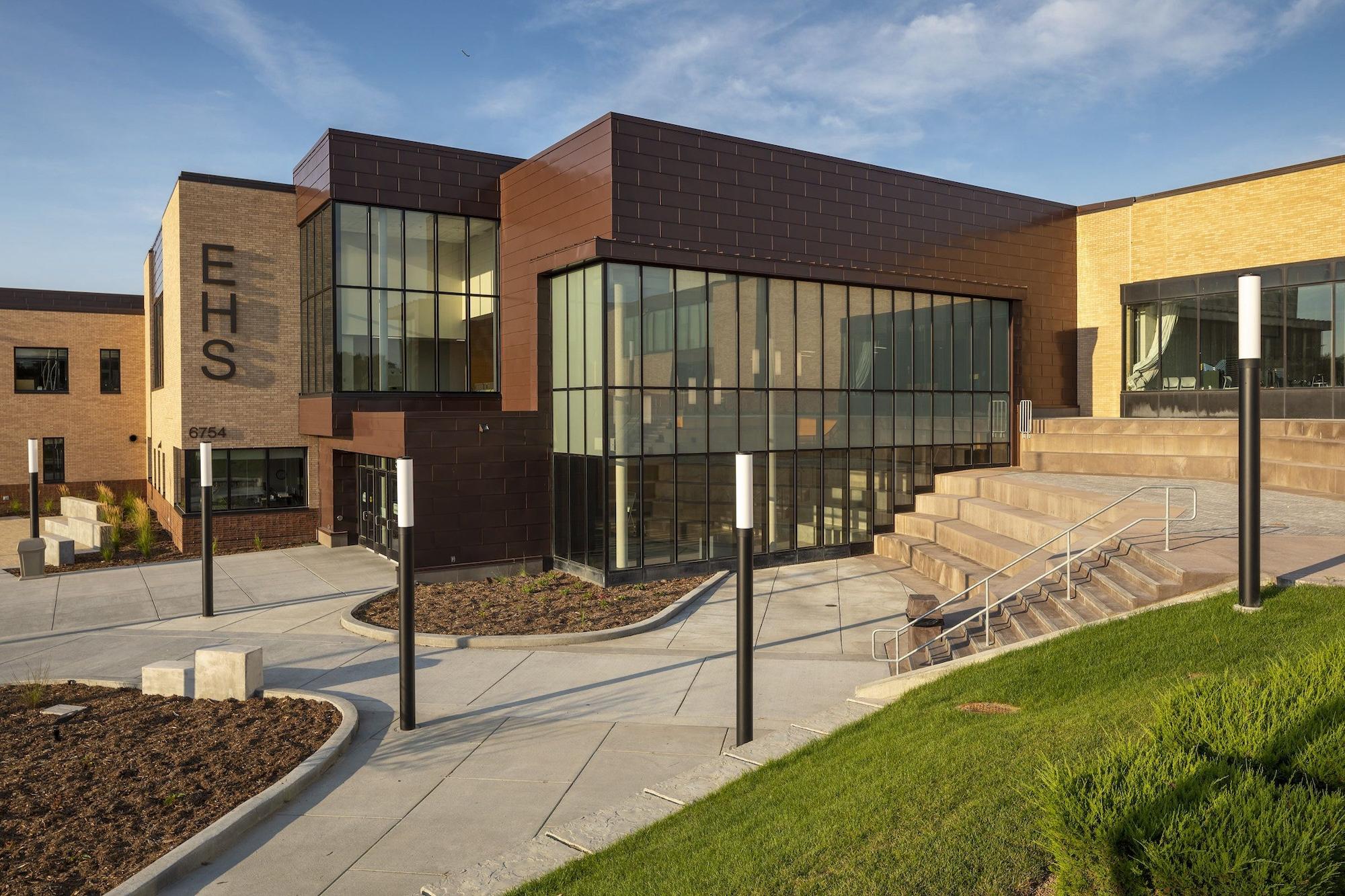 New Design High school 2
