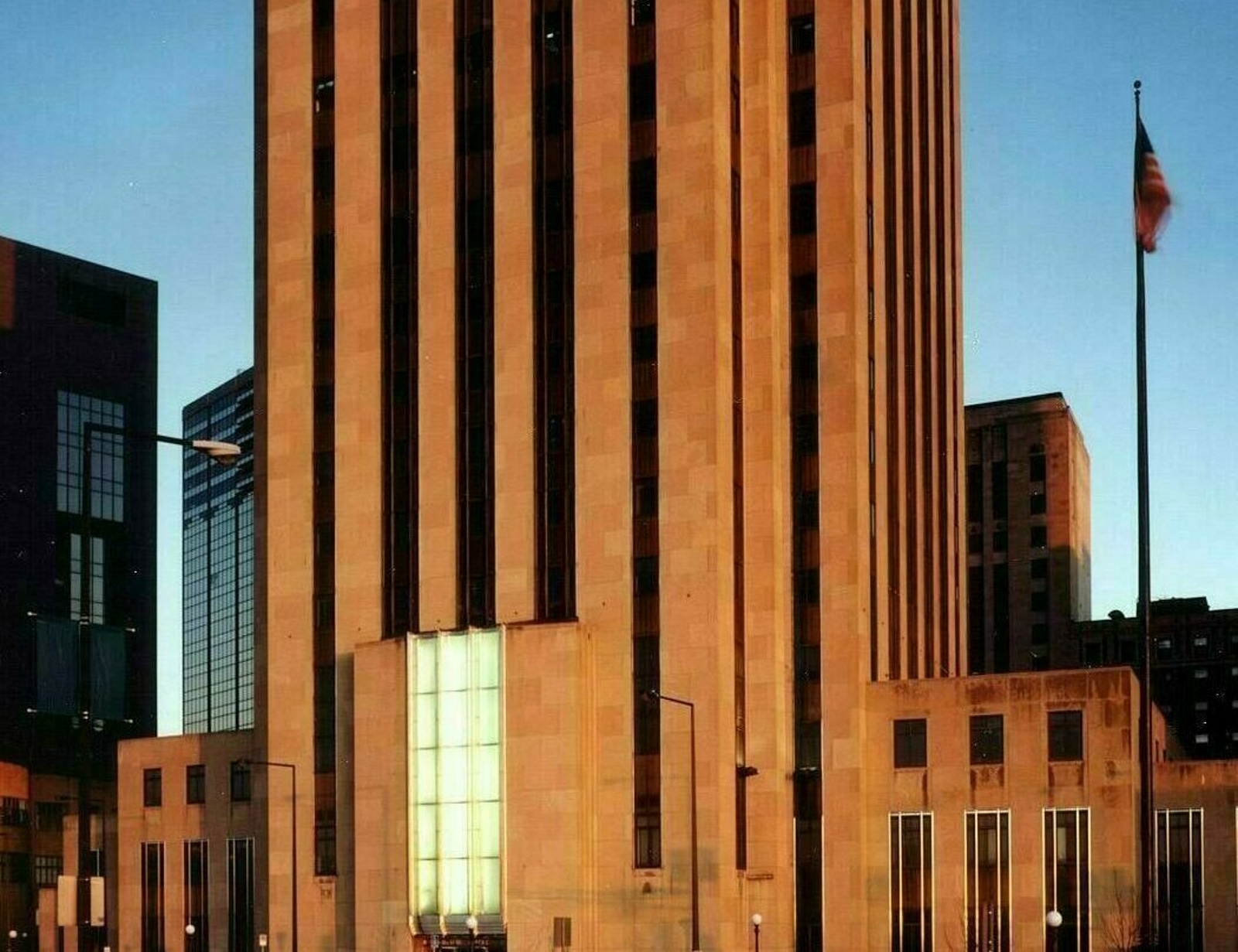 1991 Ramsey County Courthouse