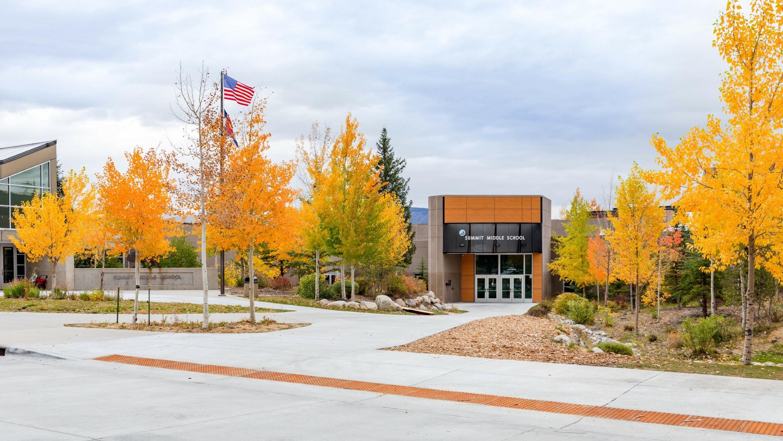 Summit School District 6