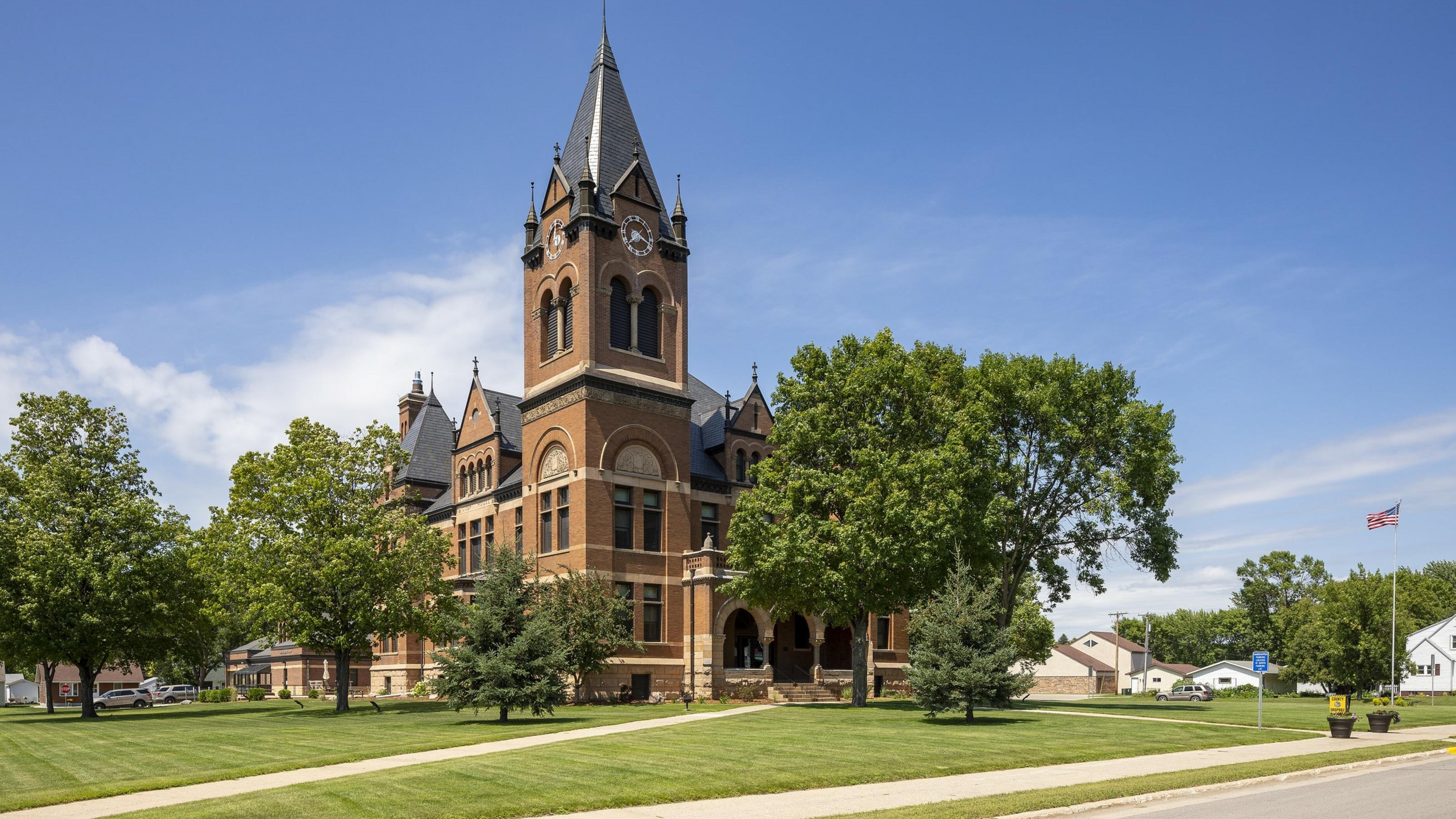 Swift County Courthouse2